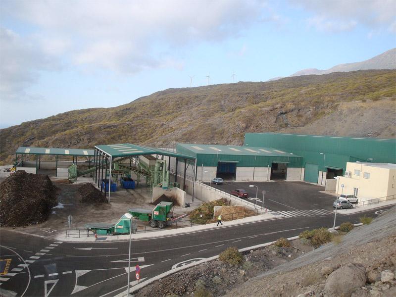El Cabildo de La Palma celebra un encuentro con los ayuntamientos para analizar la gestión de residuos en la Isla